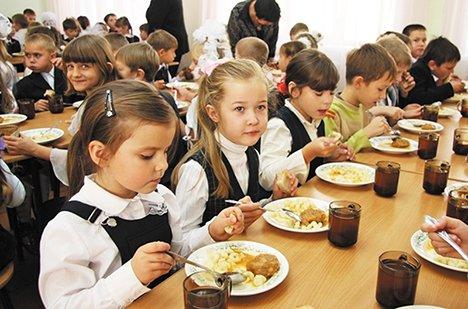 Все первоклассники Волгоградской области получают бесплатные завтраки
